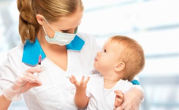 Роспотребнадзор предлагает ввести юридическую ответственность за отказ от вакцинации ребенка