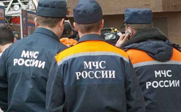 Сотрудники МЧС приехали на ул. Рязанскую, 1