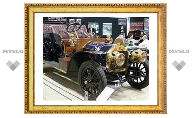 """Во Франции стартует главная ретро-выставка года """"Retromobile 2008"""""""