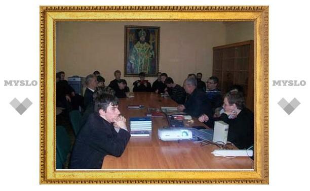 Тульские поисковики встретились со священниками