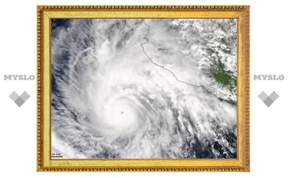 Ураган Jimena в Тихом океане достиг пятой категории опасности: в Мексике эвакуируют людей