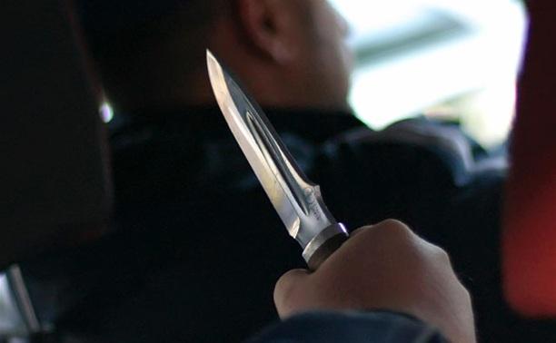 В Ясной Поляне банда напала на таксиста