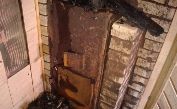 В Ленинском районе баню тушили 20 человек