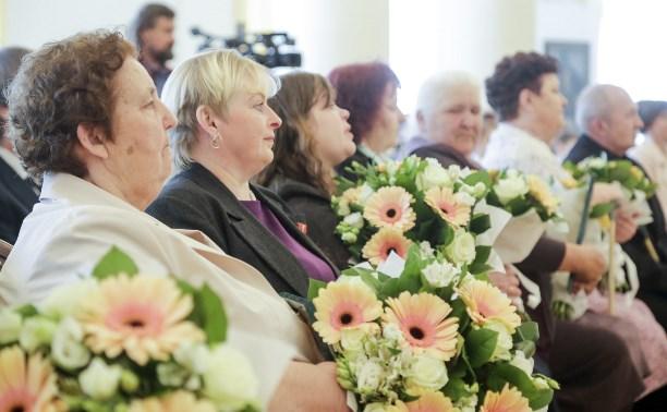 Тулячек наградили почетными знаками «Материнская слава»