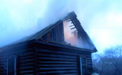 Из-за короткого замыкания в Арсеньевском районе сгорел частный дом