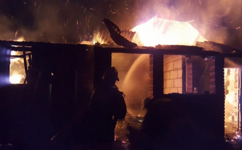 В Щёкинском районе ночью сгорела баня
