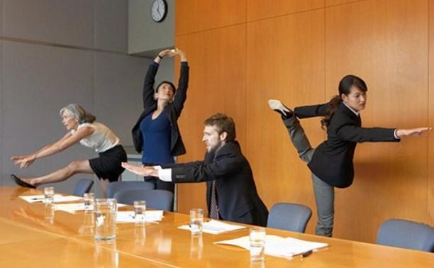 Офисным работникам порекомендуют проводить зарядку на рабочем месте