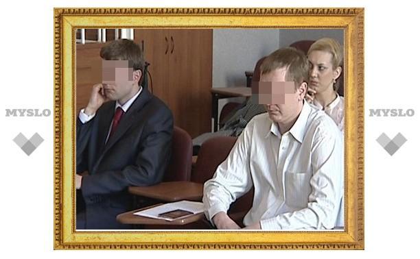 Родные братья разделили скамью подсудимых