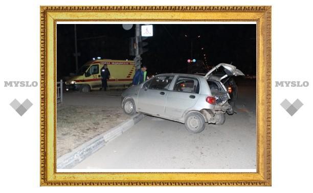 В Пролетарском районе пьяный водитель не заметил три авто на перекрестке
