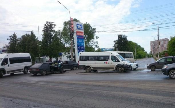 В аварии с участием трёх автомобилей никто не пострадал