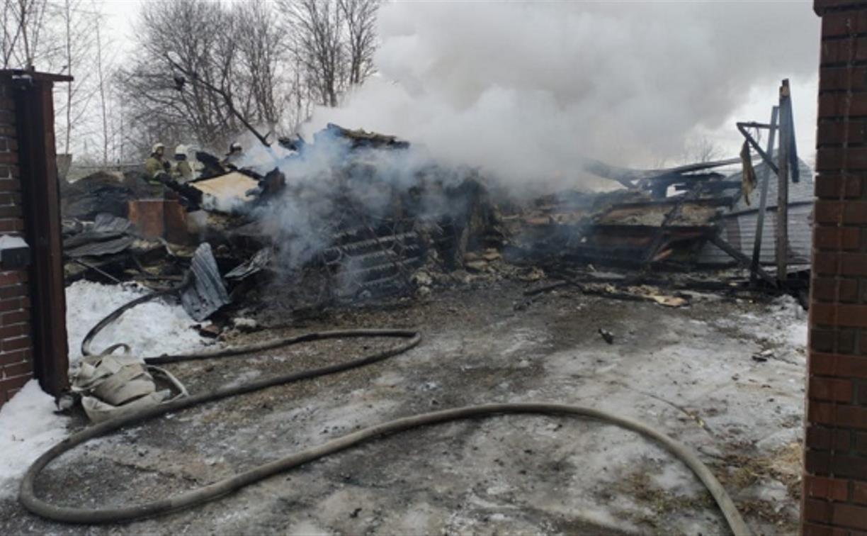 Житель Тульской области получил ожоги, спасая внука во время пожара