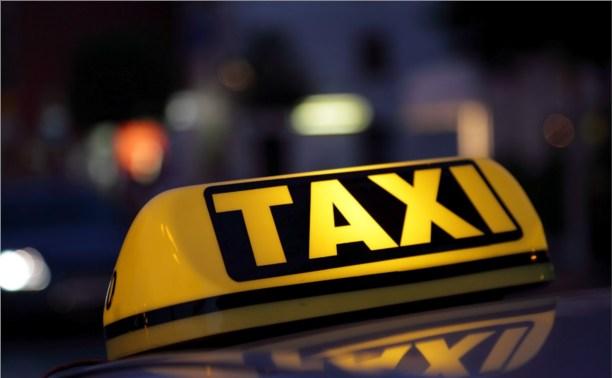 Тульским таксистам помогут с регистрацией