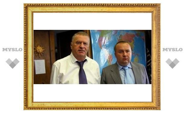 Медведеву доложат о покушении на зама Жириновского