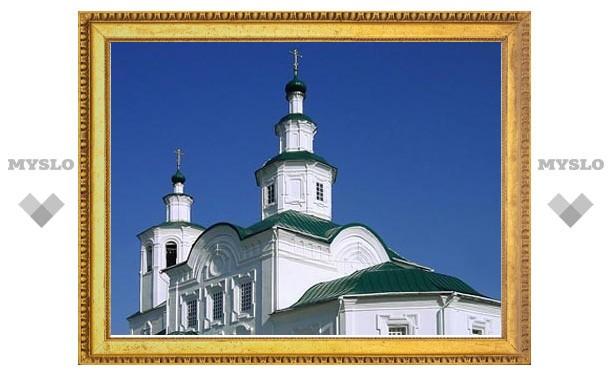 Монастырь XIII века в Смоленске закрылся на реставрацию