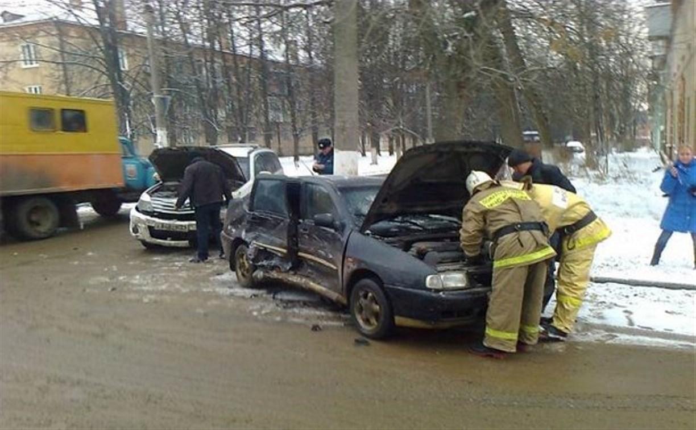 В Новомосковске в столкновении двух иномарок пострадала женщина