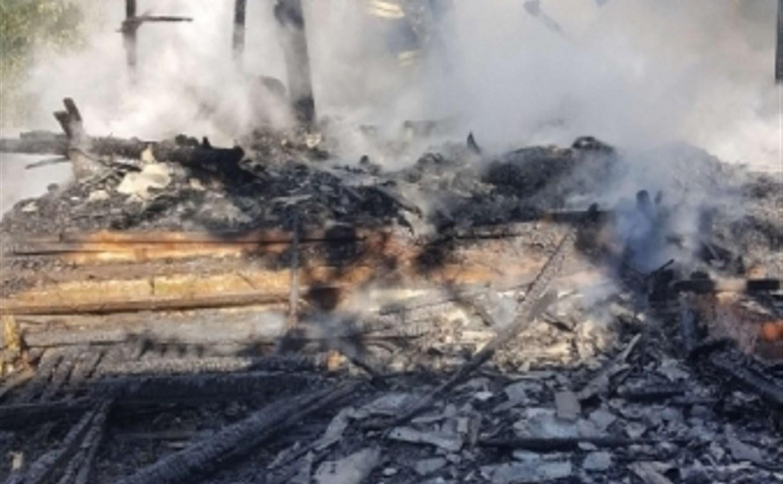 Утром в Туле дотла сгорел дачный дом