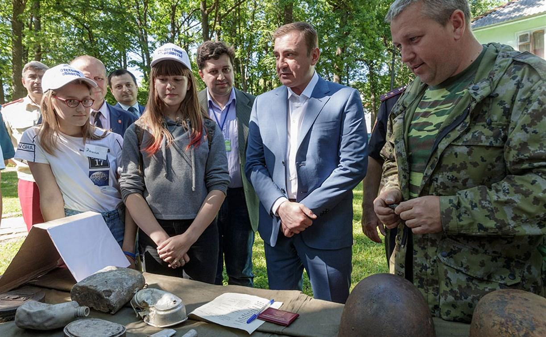 Алексей Дюмин посетил детские лагеря «Керамик» и «Октава»