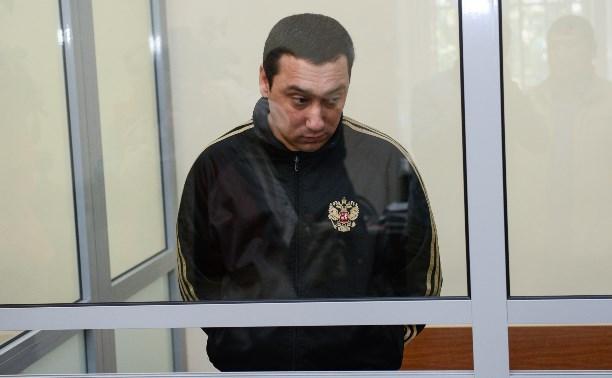 Шералиев попросил перевести его в общую камеру