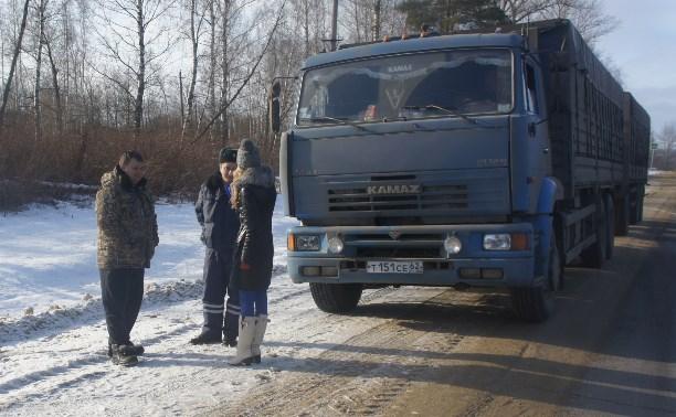 Тульские полицейские помогли дальнобойщику из Рязани