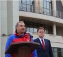 Владимир Груздев обещал разобраться с неприятным запахом в Заречье