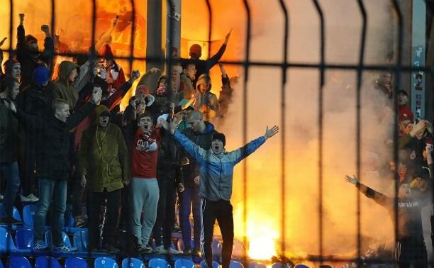 «Арсенал» и «Спартак-2» оштрафовали за использование пиротехники во время матча
