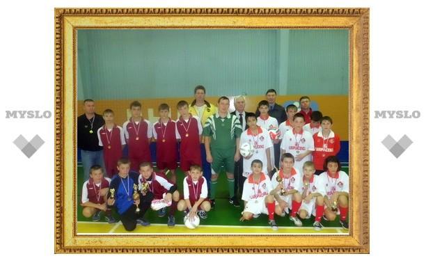 Тульские гаишники провели футбольные игры для сирот