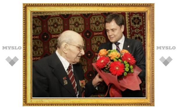 100-летие отпраздновал выдающийся журналист Николай Махаринец