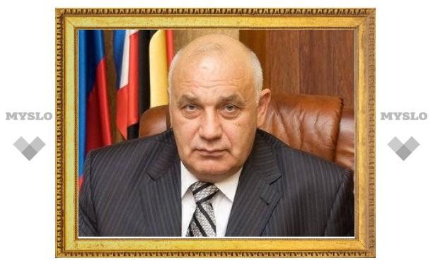 Подозреваемого в убийстве главу района обвинили в коррупции и похищении человека