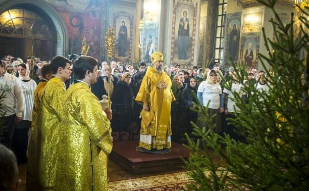 В Тульском Успенском соборе прошла Рождественская служба