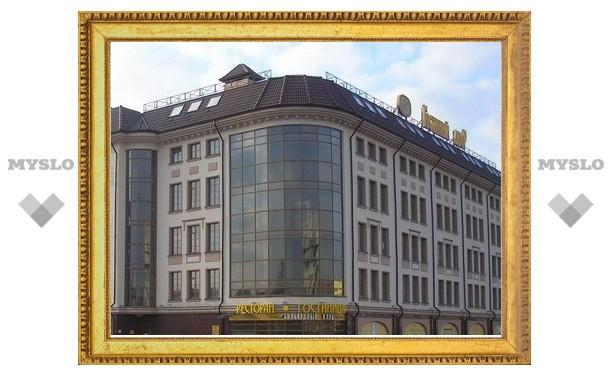 Владимир Груздев запретил строить парковку на площади Ленина