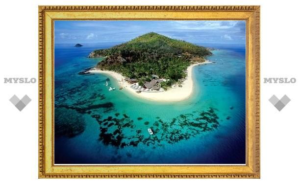 На Фиджи из-за циклона ввели чрезвычайное положение
