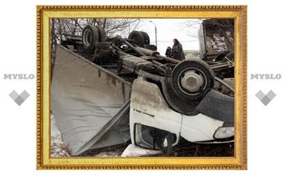"""В Туле перевернулась грузовая """"ГАЗель"""""""