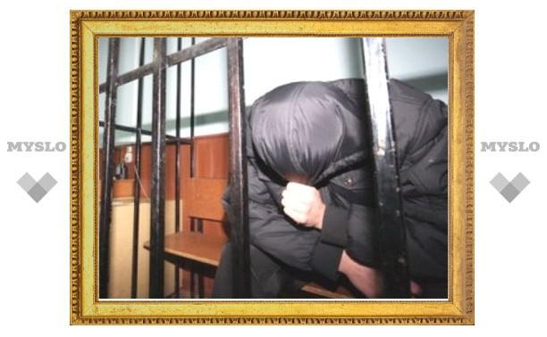 В Тульском суде преступник порезал сам себя