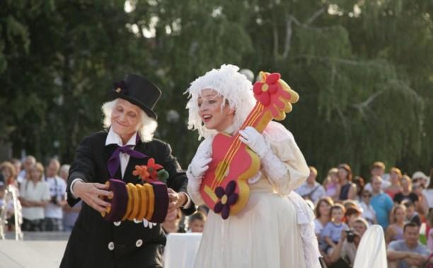 На День города по Туле проедут карнавальные платформы