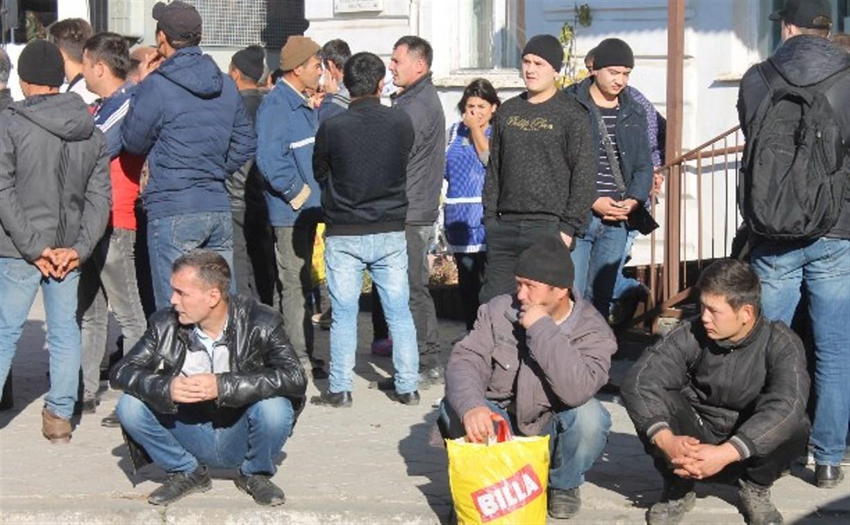 Тульские судебные приставы выдворили 68 нелегалов