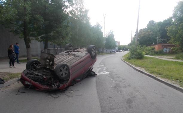 За рулём «Пежо»-перевёртыша с ул. Сурикова был отец пострадавшей девочки