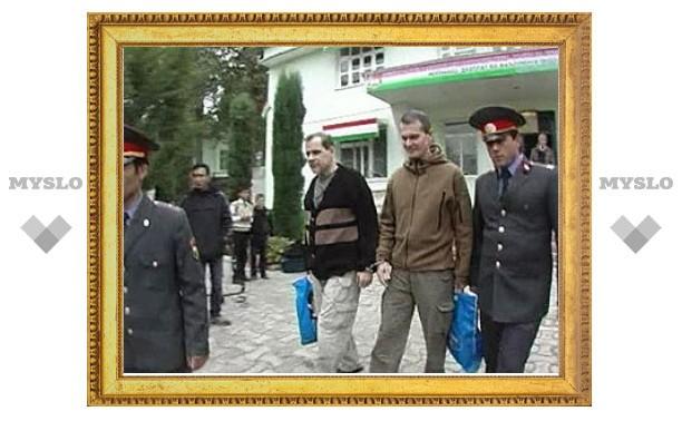 Таджикистан освободил осужденных летчиков
