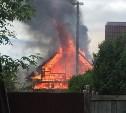 В Туле на улице Патронной загорелся дом