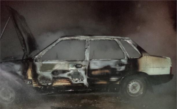 Ночью в Щёкино сгорели три машины