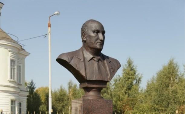 В Туле установят мемориальные доски композитору, прокурору и оружейнику