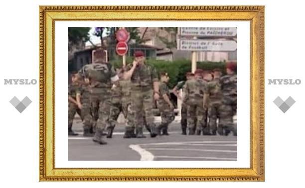 Во Франции во время учений зрителей расстреляли боевыми патронами