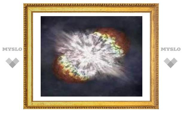 В самой яркой сверхновой заподозрили кварковую звезду