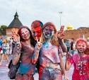 Яркий фестиваль красок и крутой фейерверк: туляки отметили День флага