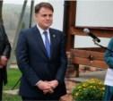 Владимир Груздев подарил юным художникам из Поленово мольберты