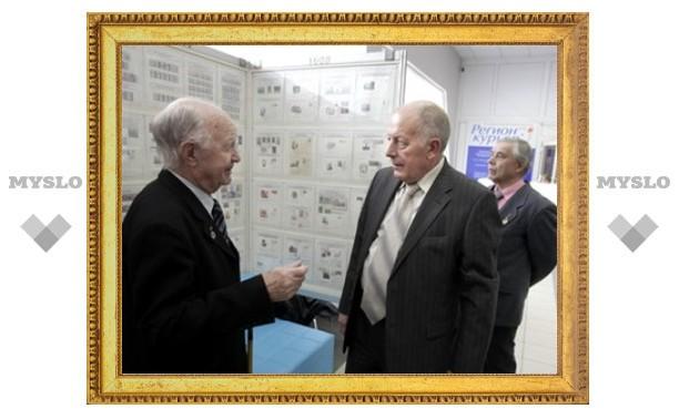 Тульский ветеран устроил выставку