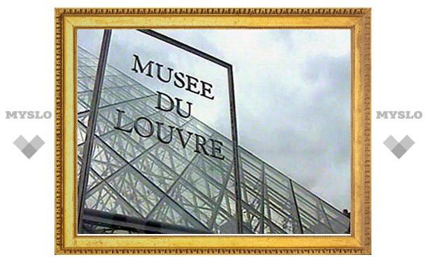 В Лувре открывается McDonald's: сотрудники музея протестуют