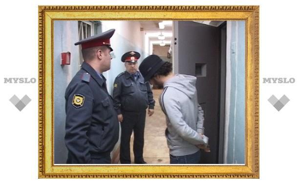 Видеокамеры запечатлели дерзкое ограбление супермаркета и ювелирного салона в Алексине