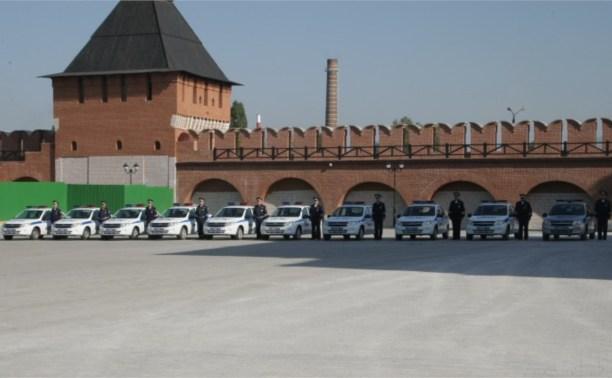 Тульские полицейские получили ключи от новых служебных автомобилей