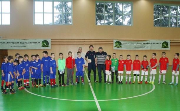 Команда «Арсенал-2005» победила в турнире по мини-футболу памяти Владимира Алёхина
