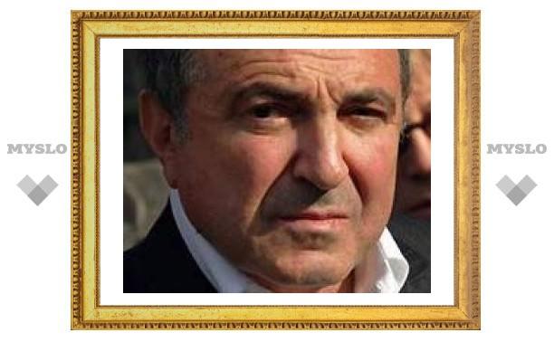 Басманный суд арестовал французскую виллу Березовского